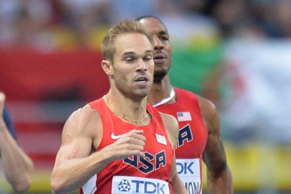 Atlet Nick Symmonds (v popředí)