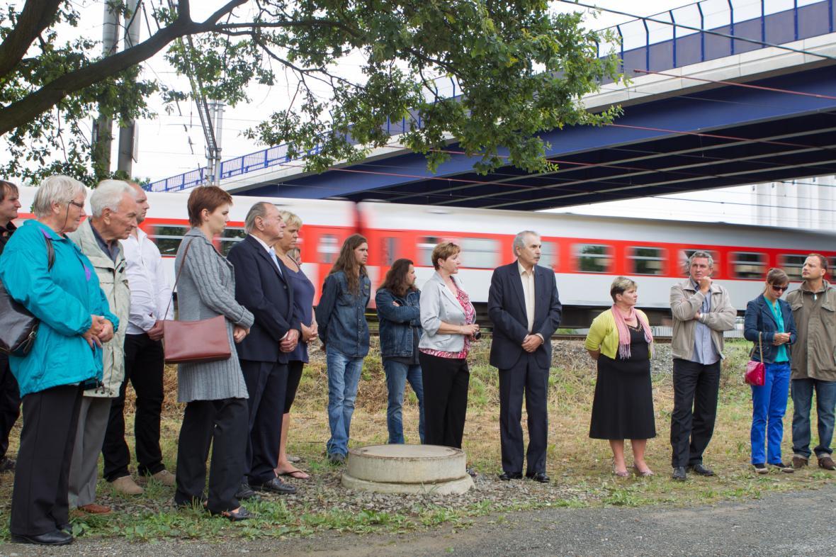 Vzpomínkové setkání k vlakovému neštěstí ve Studénce