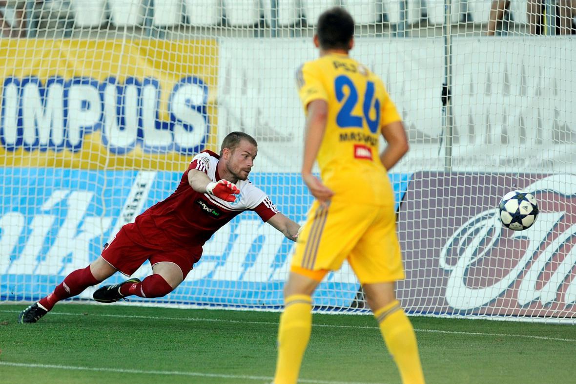 Vlastimil Hrubý ze Znojma dostává první gól