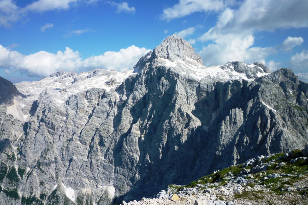 Pohled z vrcholu na Triglav