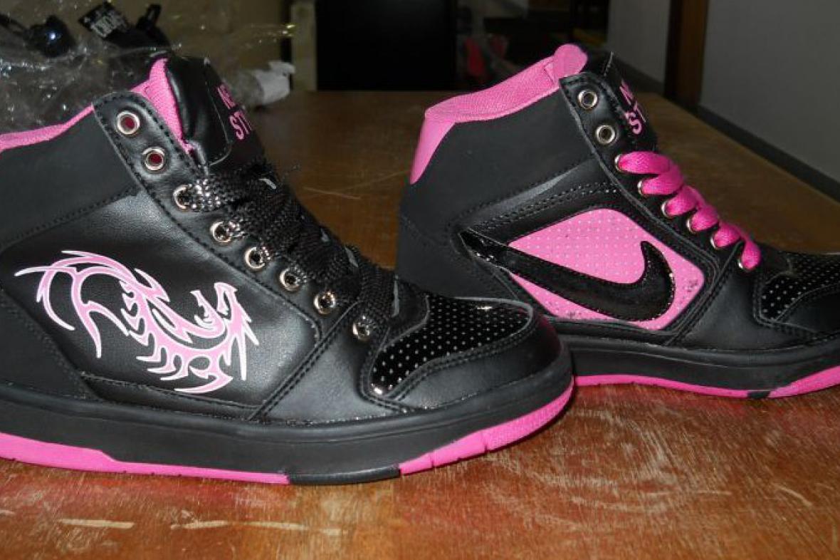 Padělané boty