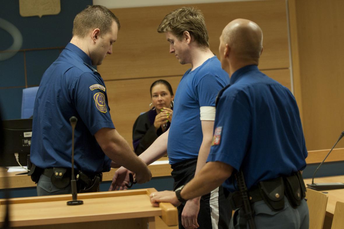 Homolka před soudem tvrdil, že nikomu ublížit nechtěl