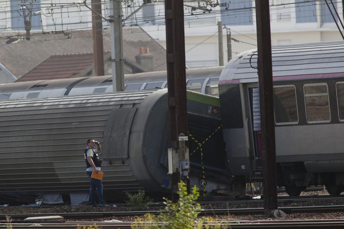 Nehoda vlaku u Paříže