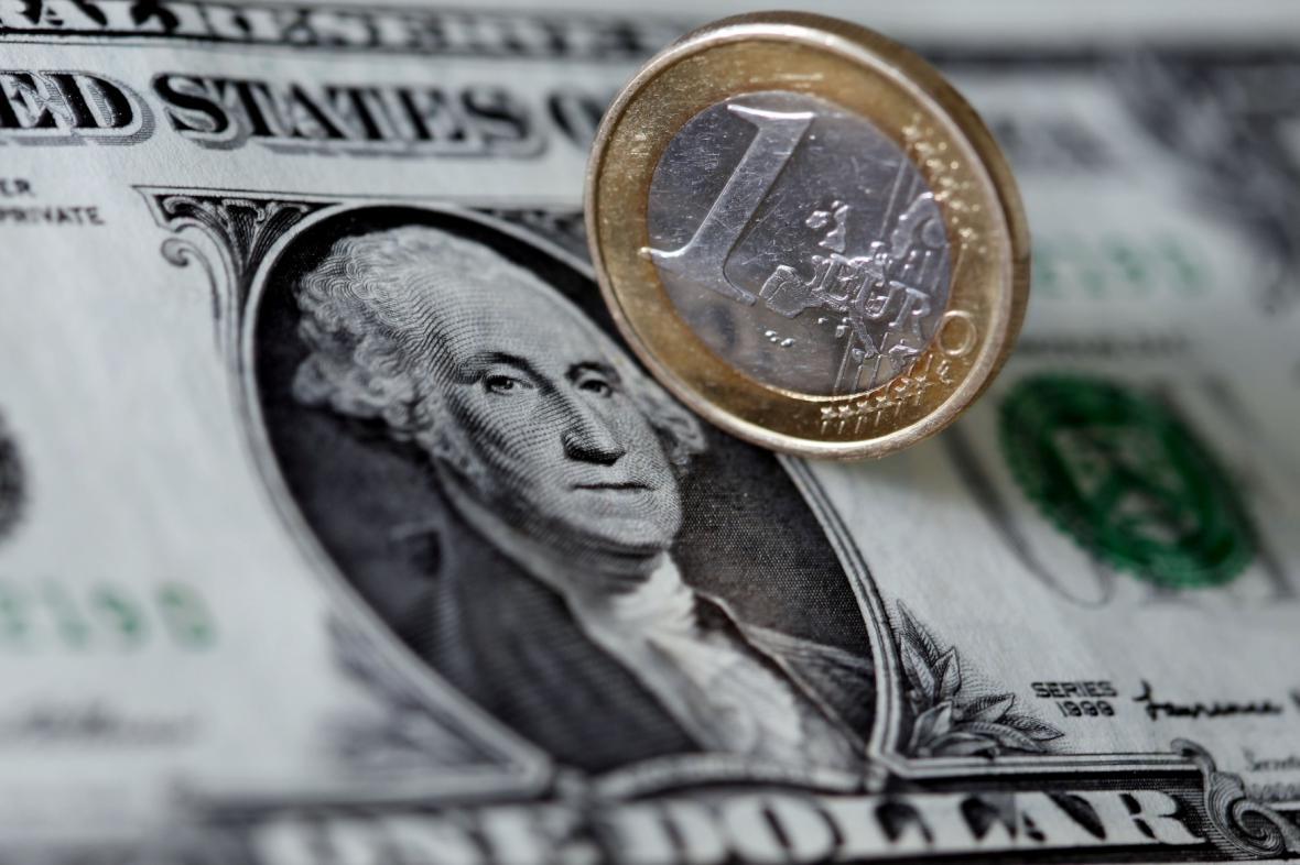 Euro versus dolar