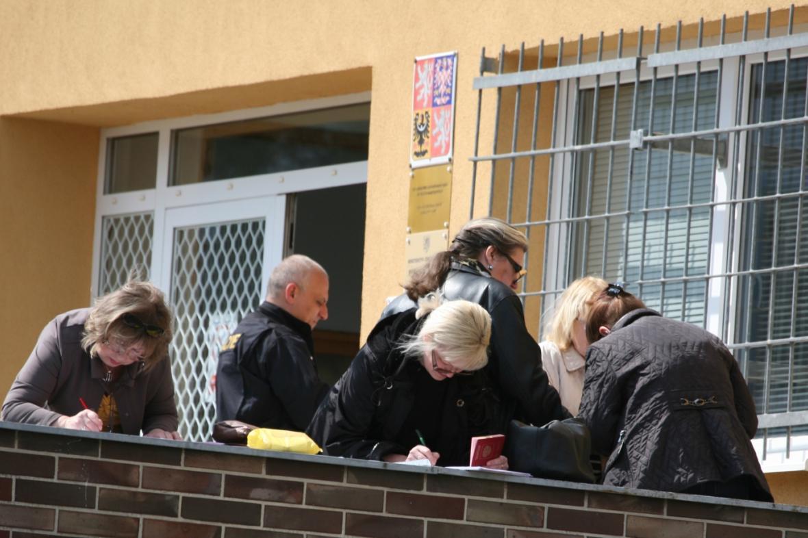Cizinecká policie v Karlových Varech