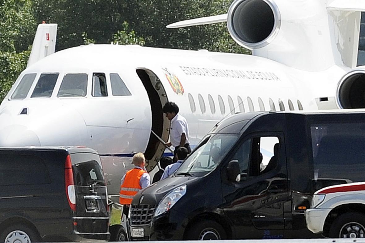 Prezident Morales opouští Vídeň