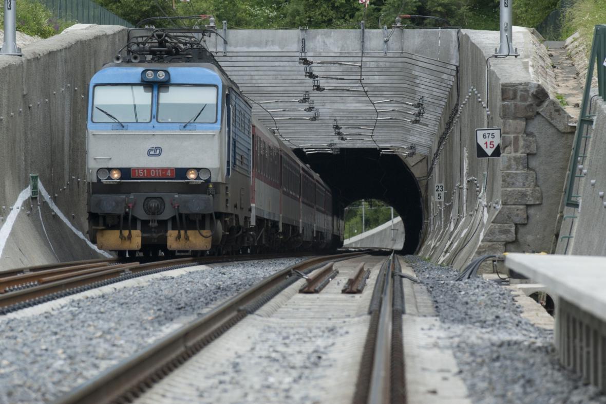 Střelenský tunel