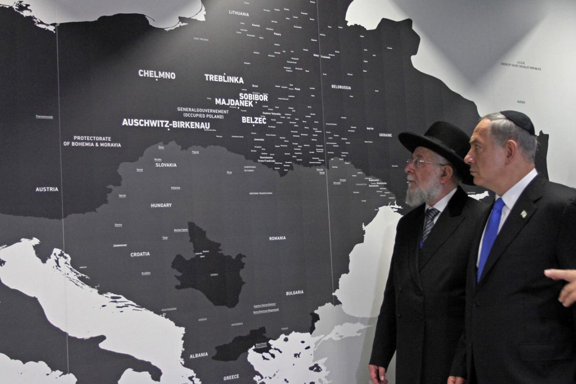 Benjmanin Netanjahu otevřel v Osvětimi novou stálou výstavu