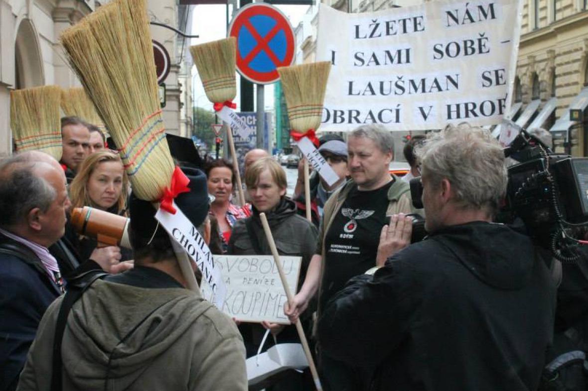 Aktivistům vadí spolupráce ČSSD s KSČM