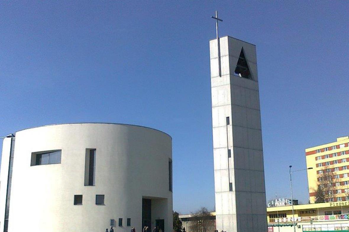 Kostel Sv. Ducha v Ostravě-Zábřehu