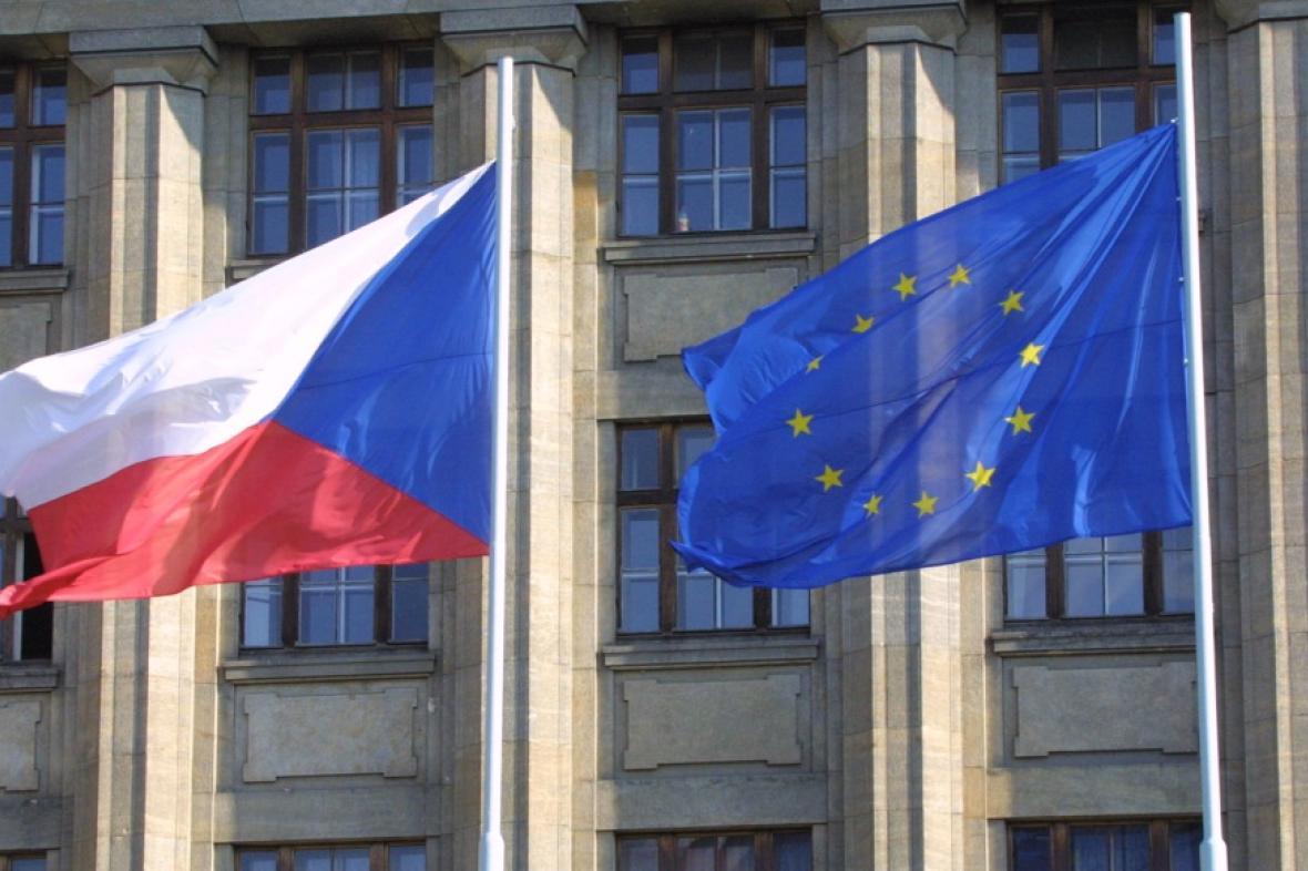 Vlajka ČR a EU