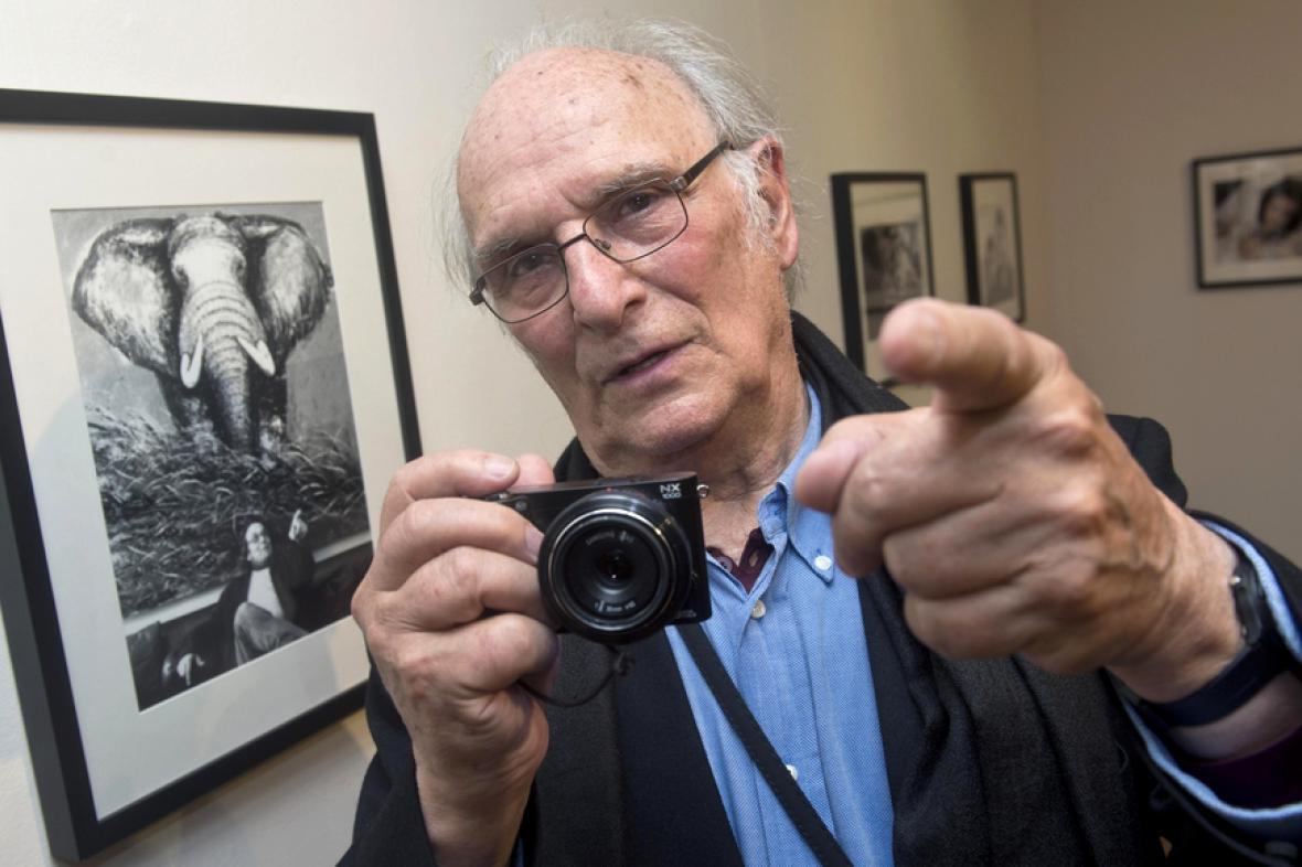 Carlos Saura představil výstavu fotografií v institutu Cervantes