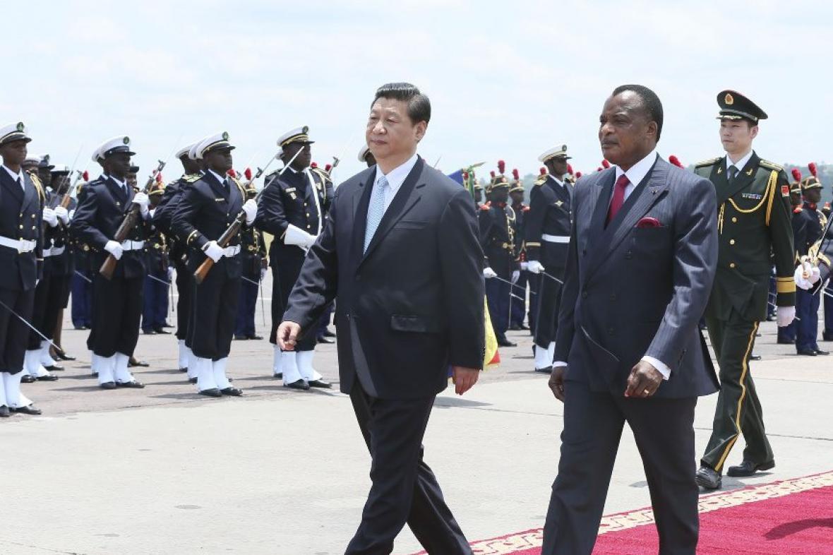 Čínský prezident při návštěvě republiky Kongo