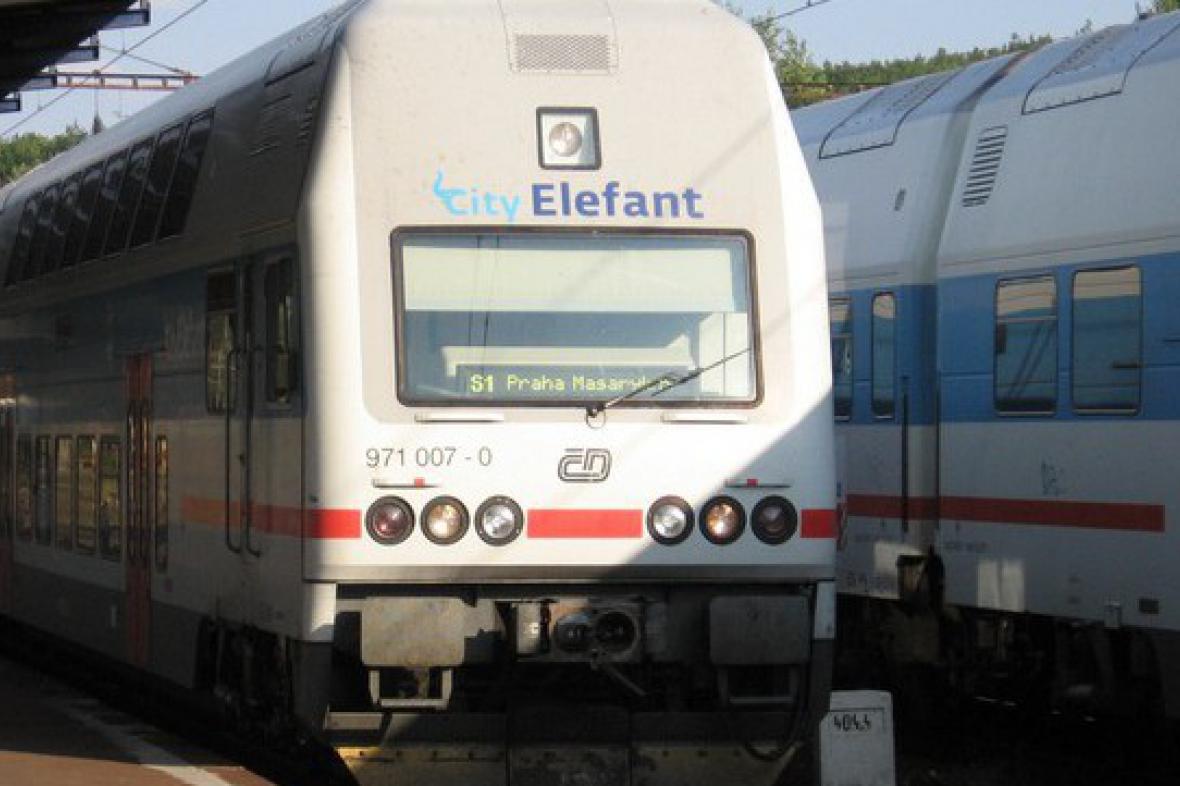 Příměstský vlak