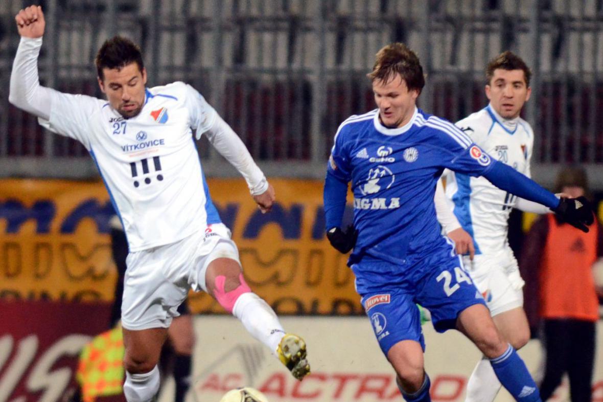 Milan Baroš v utkání proti Sigmě Olomouc