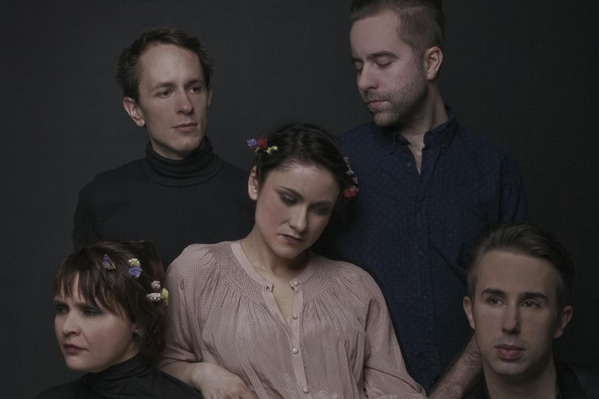 Lenka Dusilová a její kapela