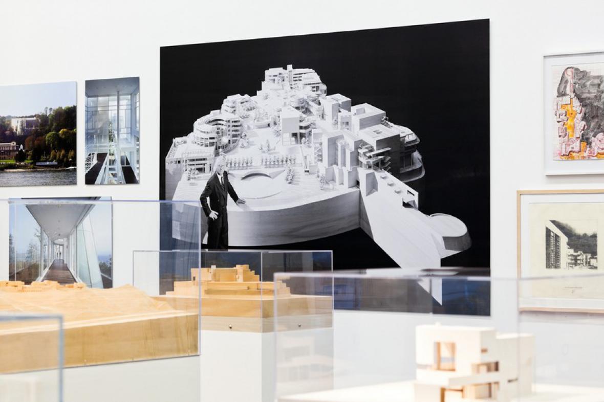Z výstavy Richard Meier/ Building as Art