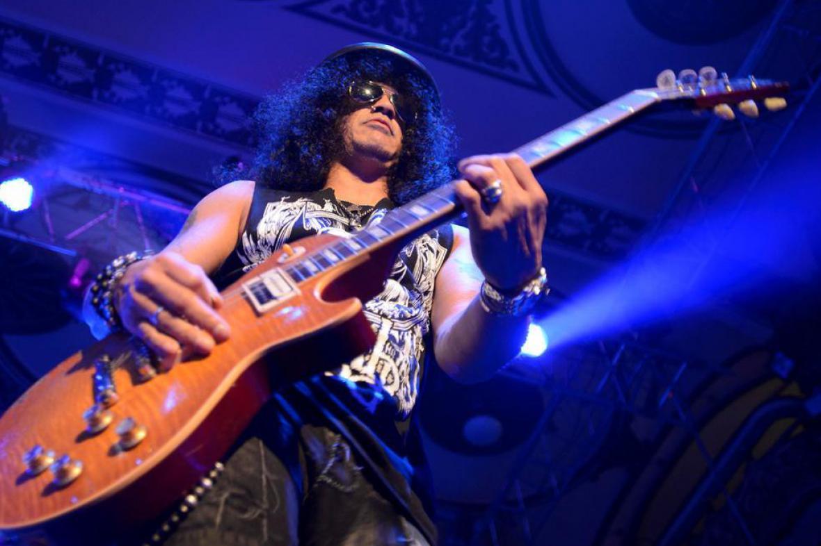 Slash v pražské Lucerně
