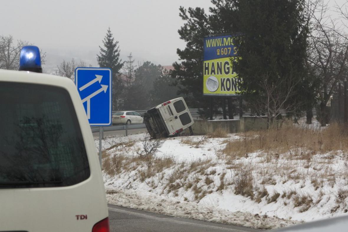 Problematický billboard na sjezdu na dálnici u Drysic
