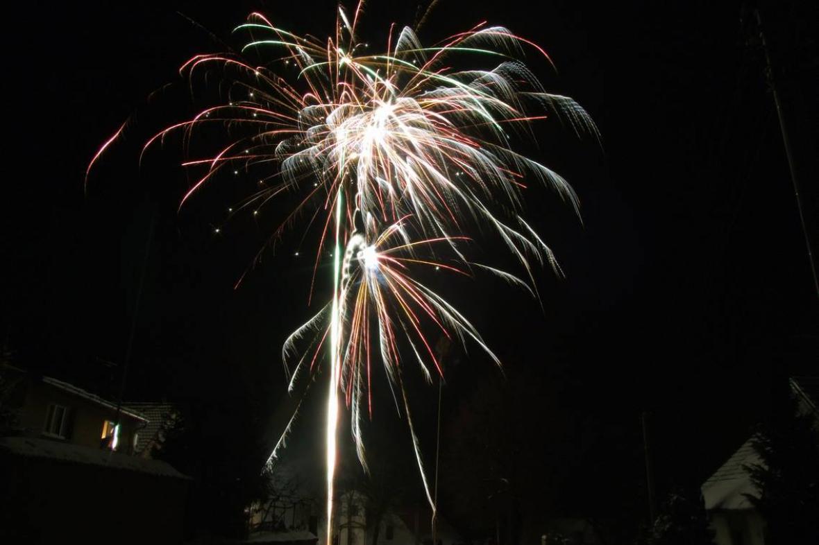 Třebkov - ohňostroj nad vsí
