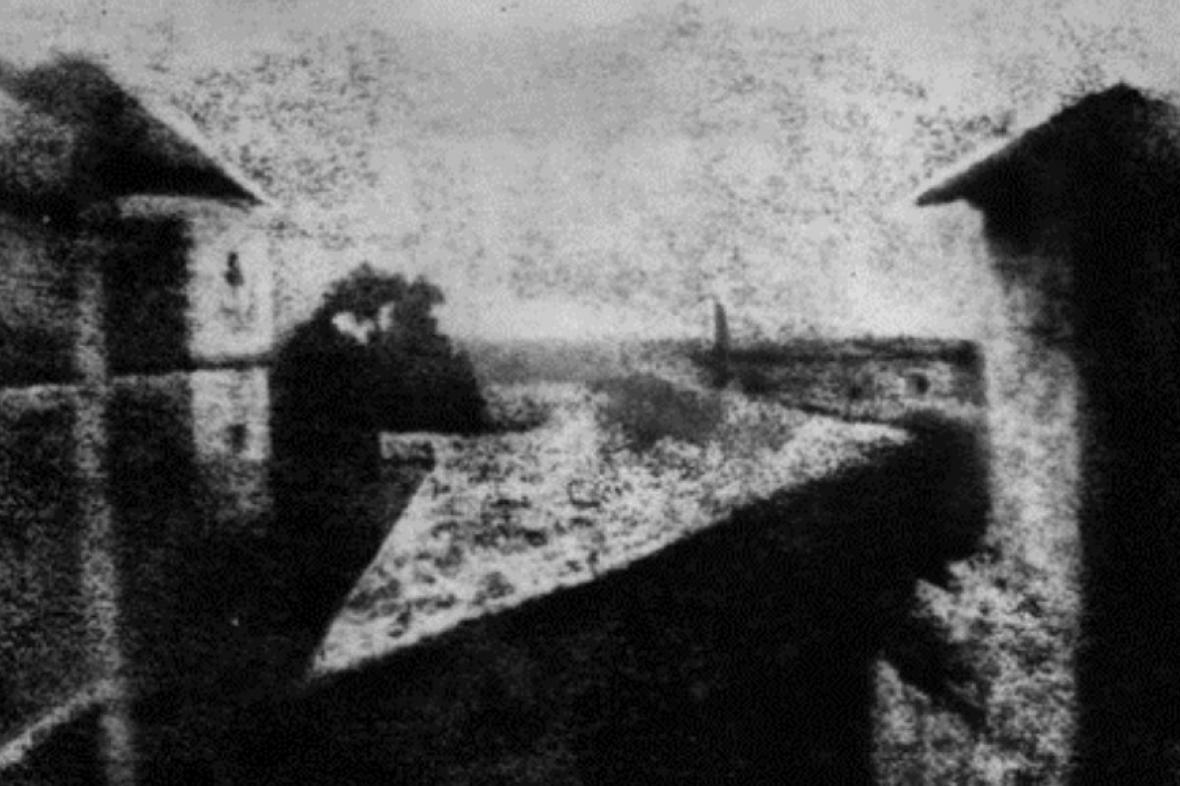 Nicéphore Niépce / Pohled z okna v Le Gras /výřez/