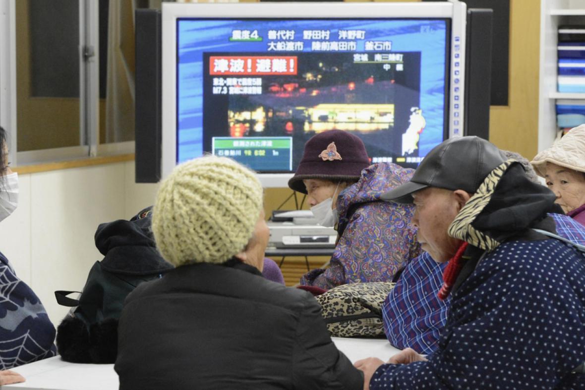 Japonci se po zemětřesení uchýlili do evakuačních center