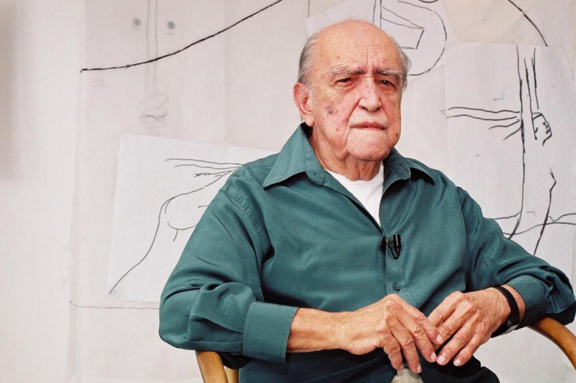 Brazilský architekt Oscar Niemeyer v roce 2002