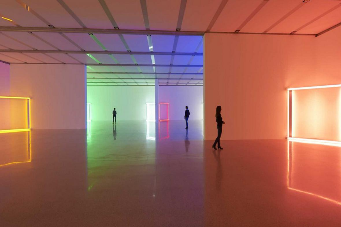 Dan Flavin / Lights