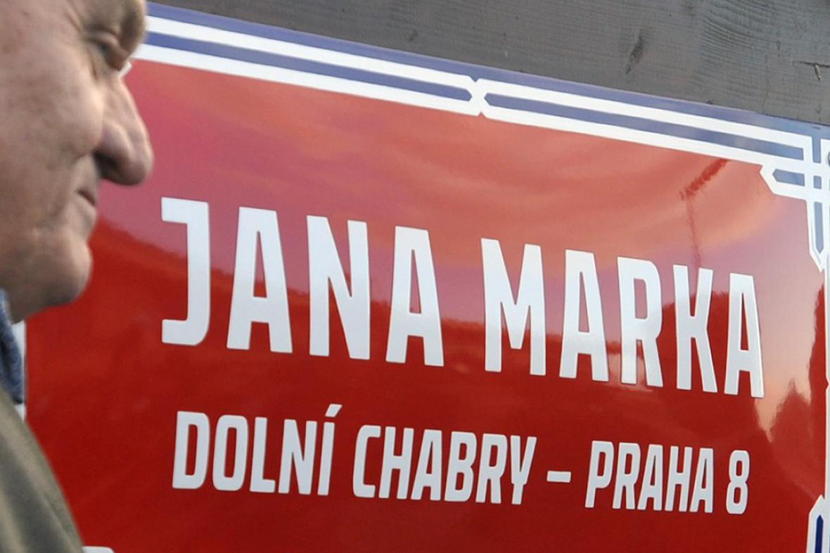 Primátor Svoboda odhalil tabule na památku tragicky zesnulých hokejistů