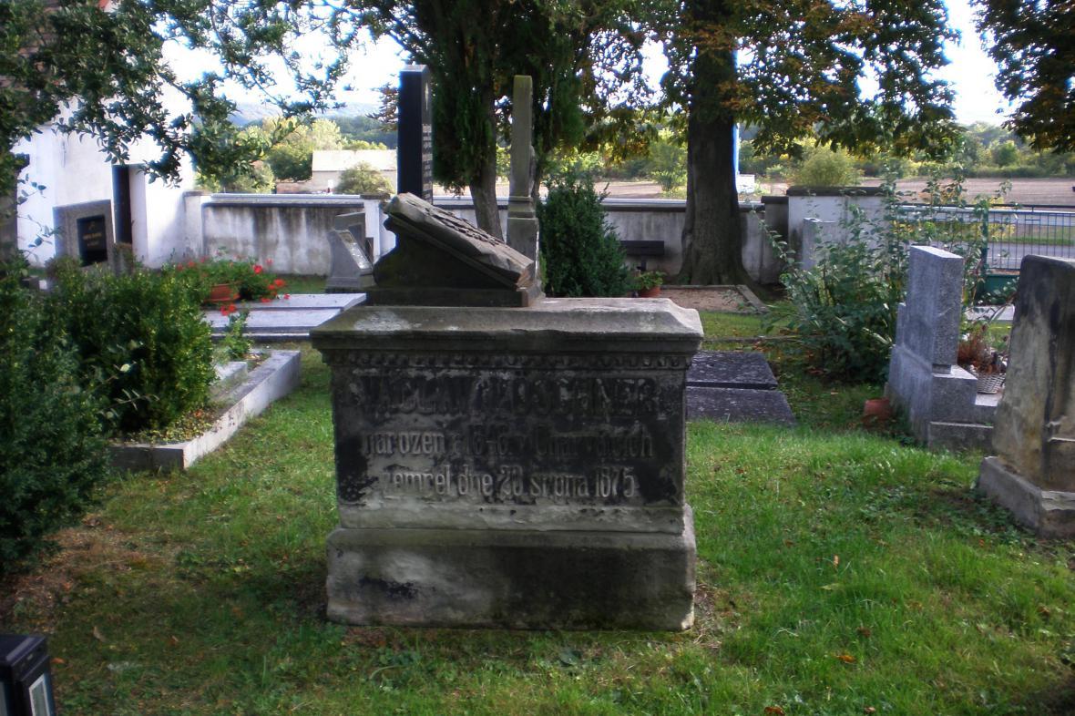 Hřbitov v Košticích