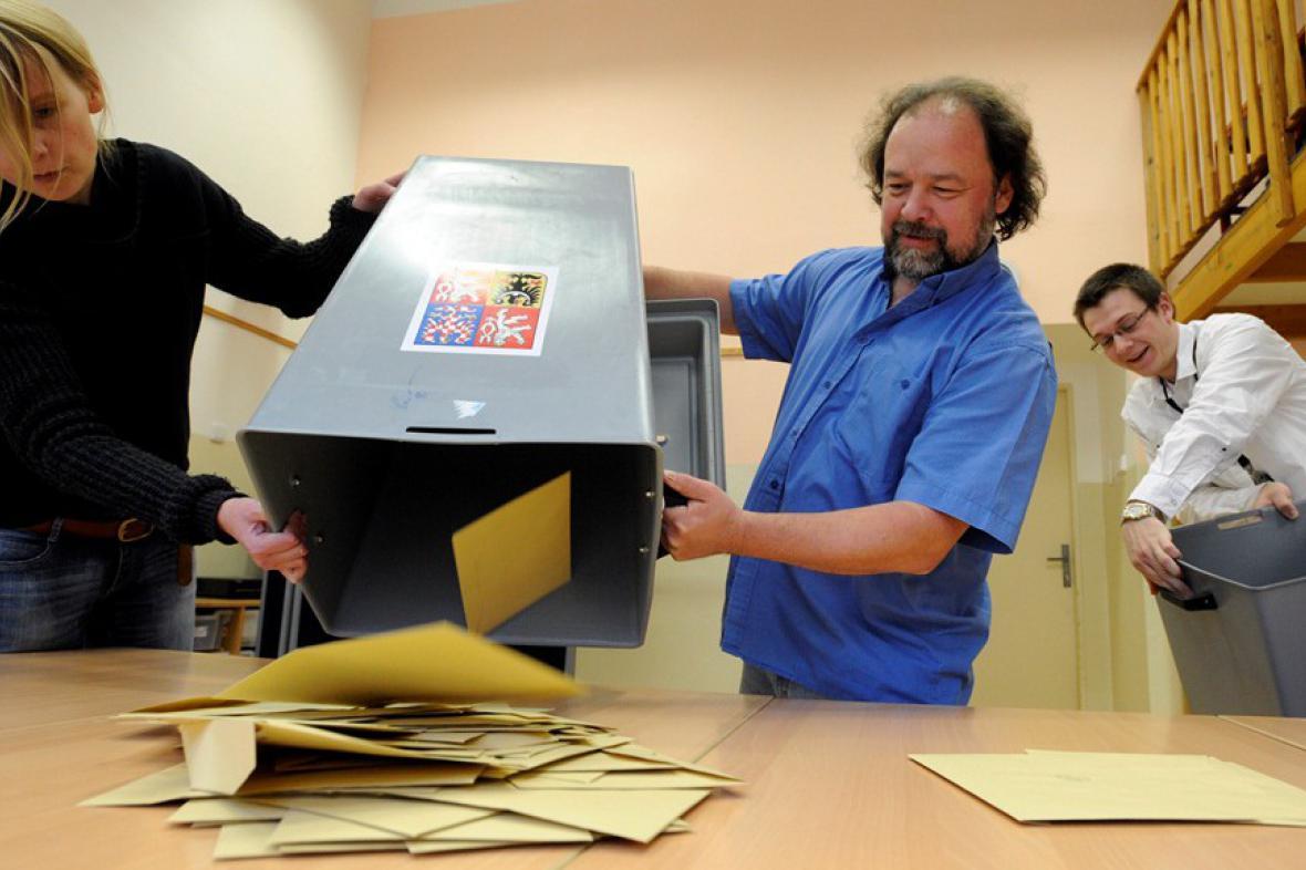 Sčítání hlasů pro senátní volby