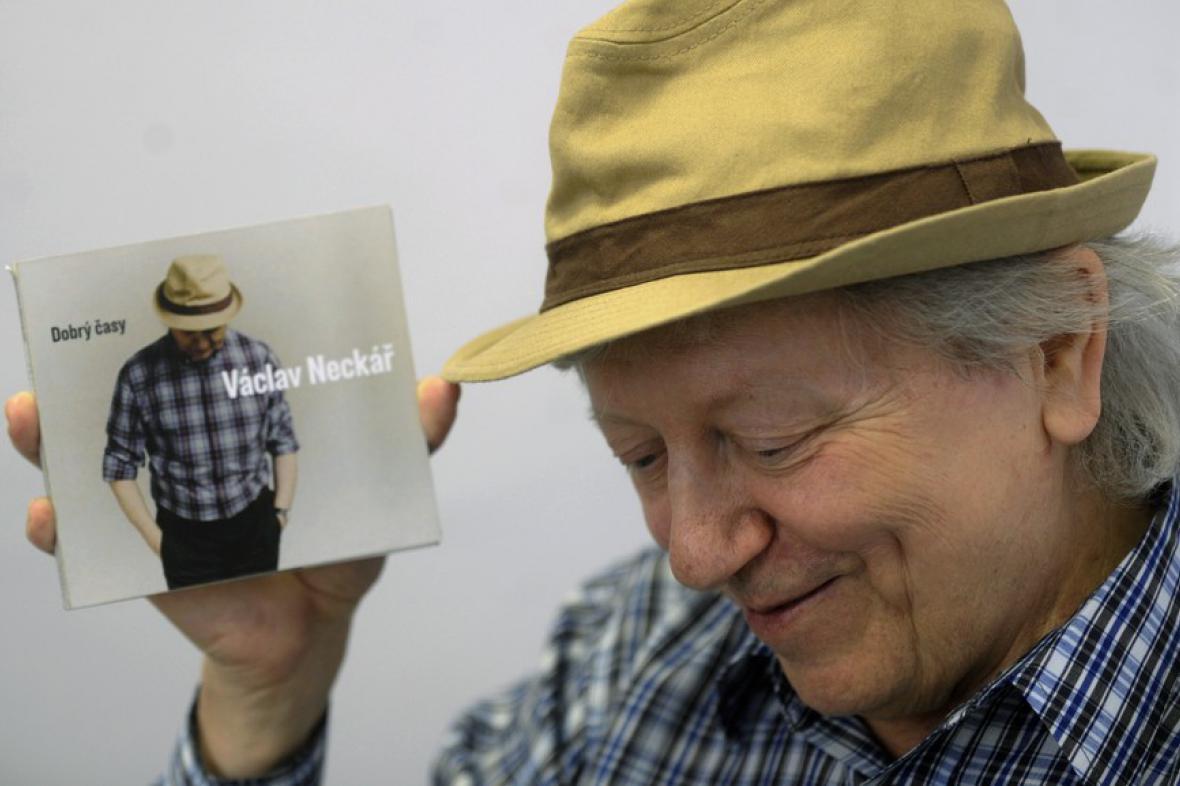 Václav Neckář s albem Dobrý časy