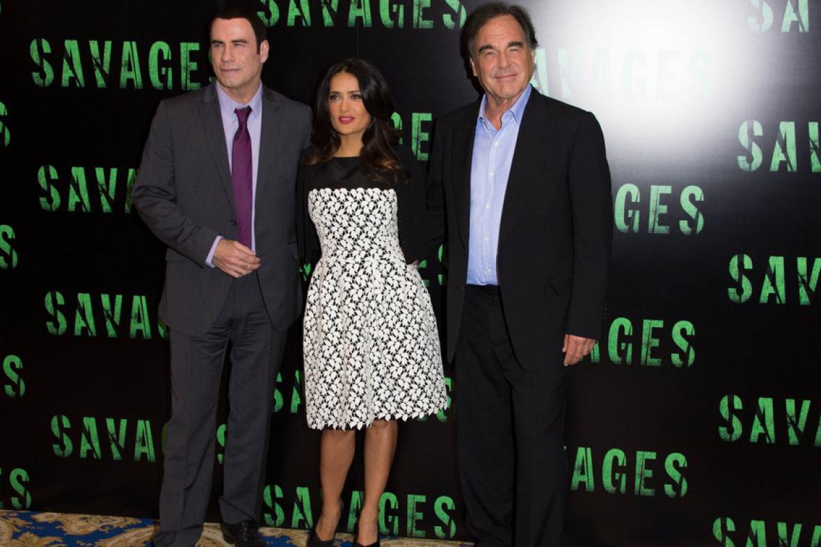 John Travolta, Salma Hayeková a Oliver Stone