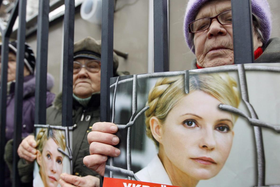 Soud s Tymošenkovou vyvolal protesty