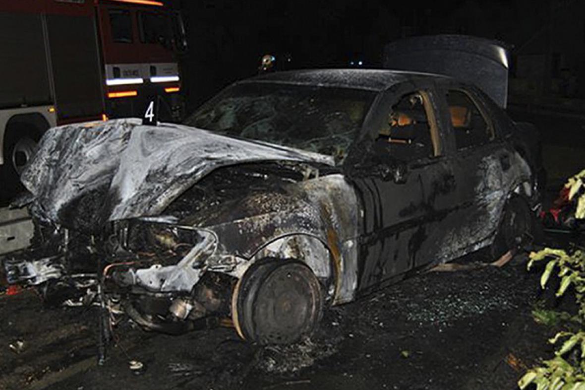 Shořelé auto