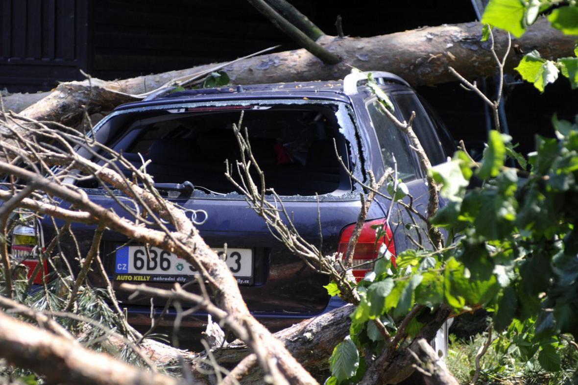 Následky bouře v Královéhradeckém kraji