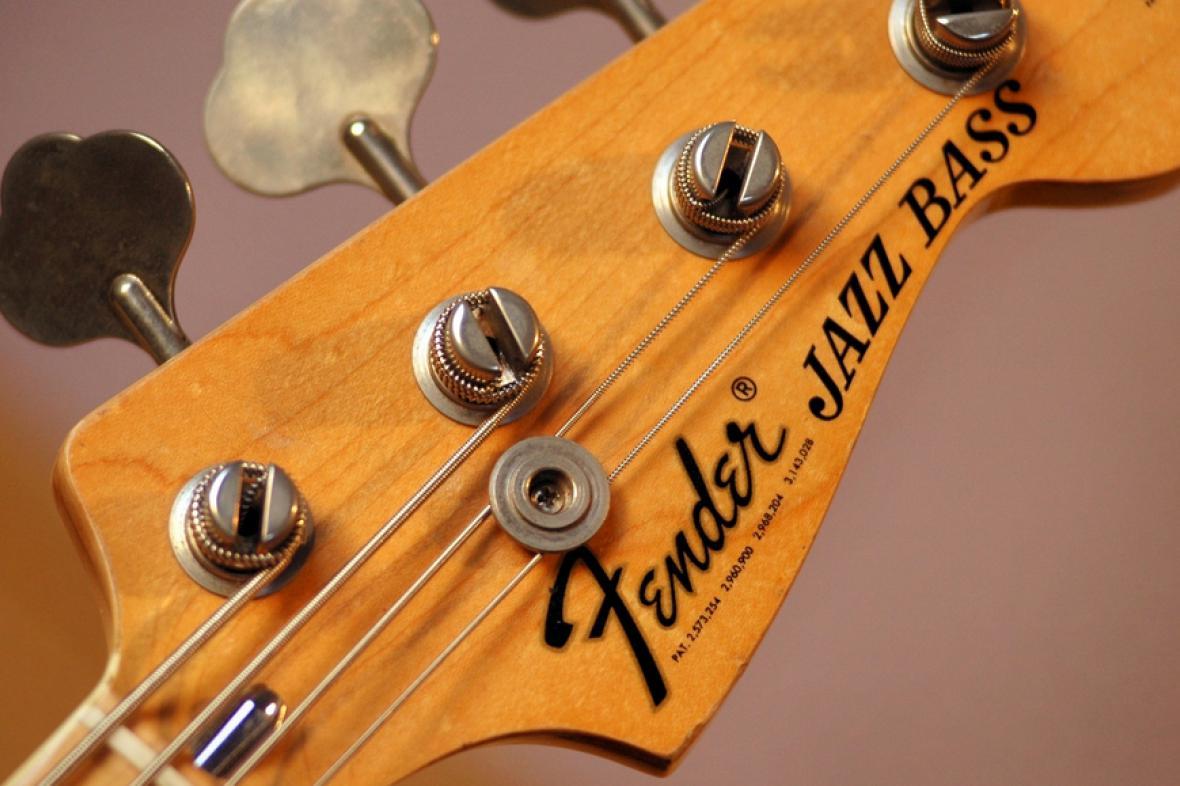 Výrobce kytar Fender míří na burzu