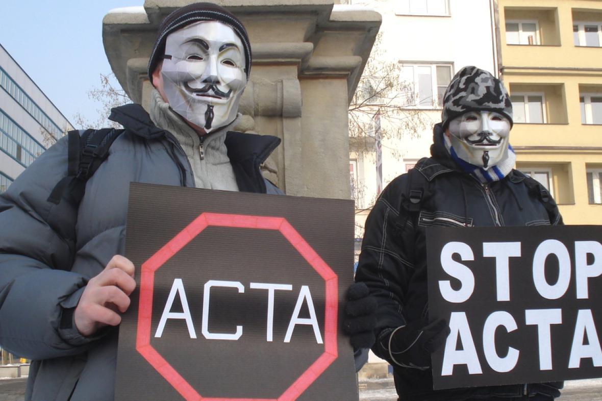 Na řadě míst v ČR ase sešli odpůrci ACTA