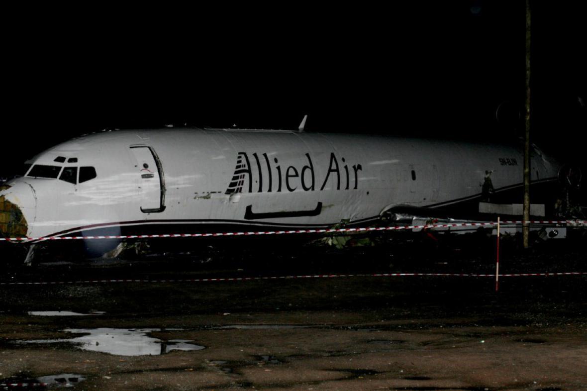 Letadlo se zřítilo při pokusu o start