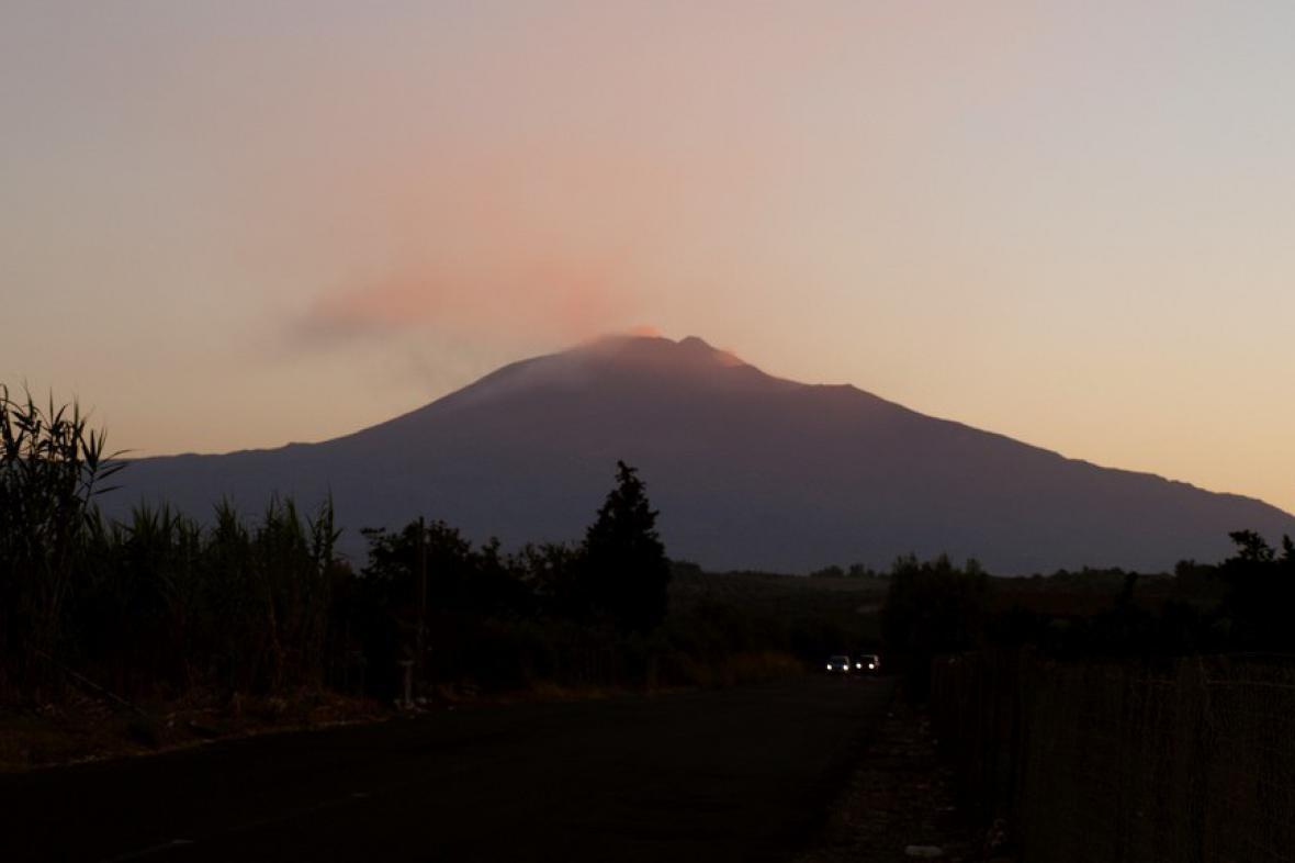 Sicílie / Etna za svítání