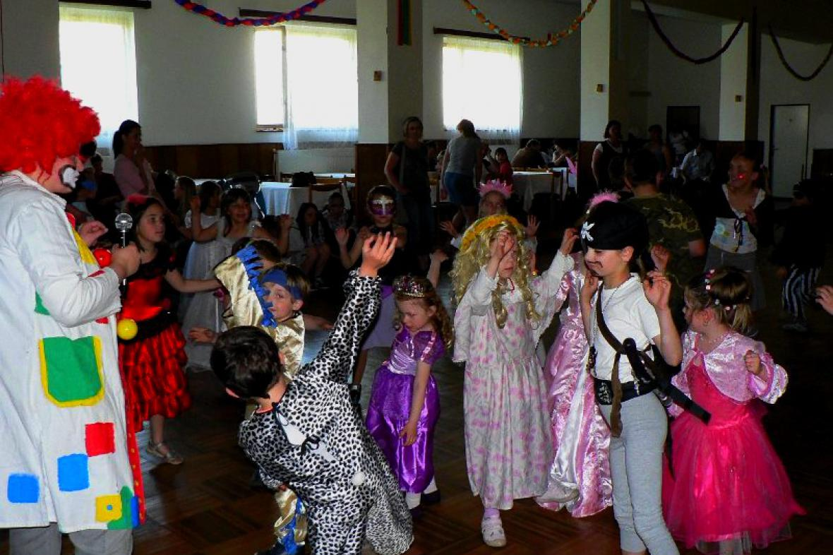 Dětský karneval v Košticích