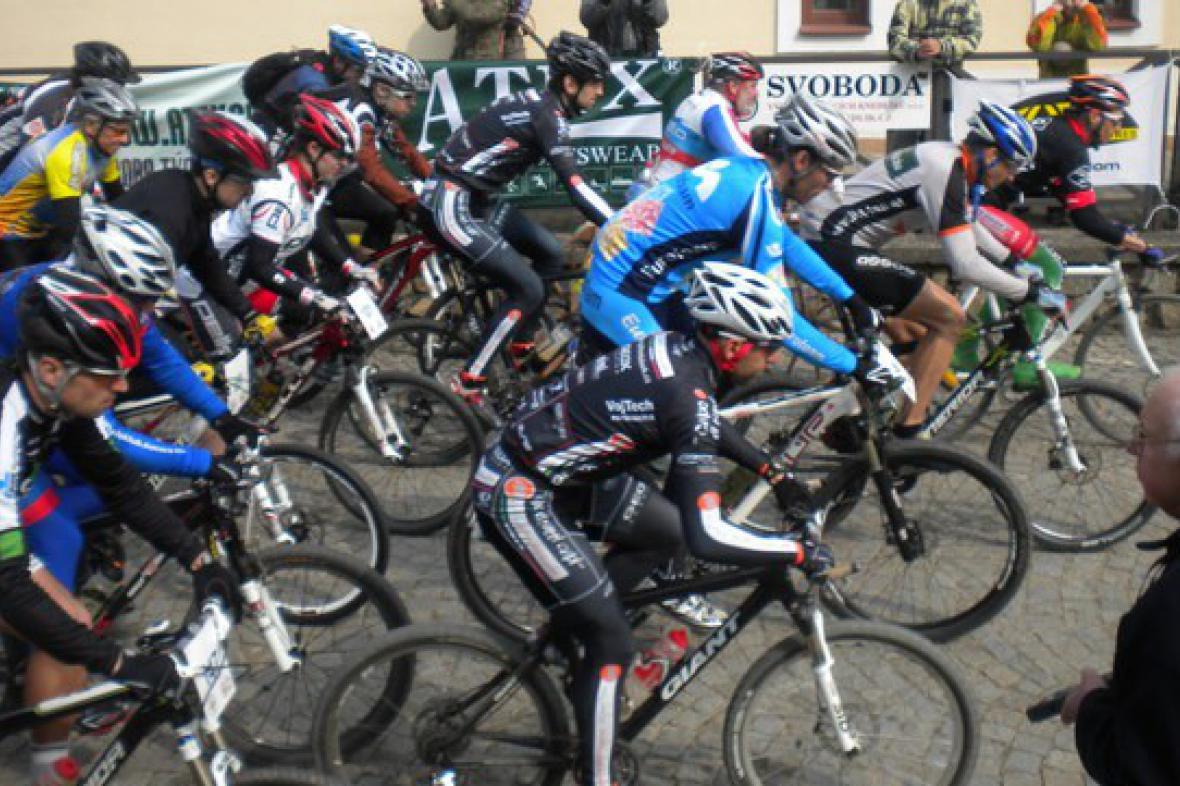 Závod Primavera Bike