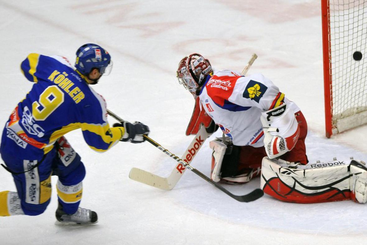 Köhler střílí gól