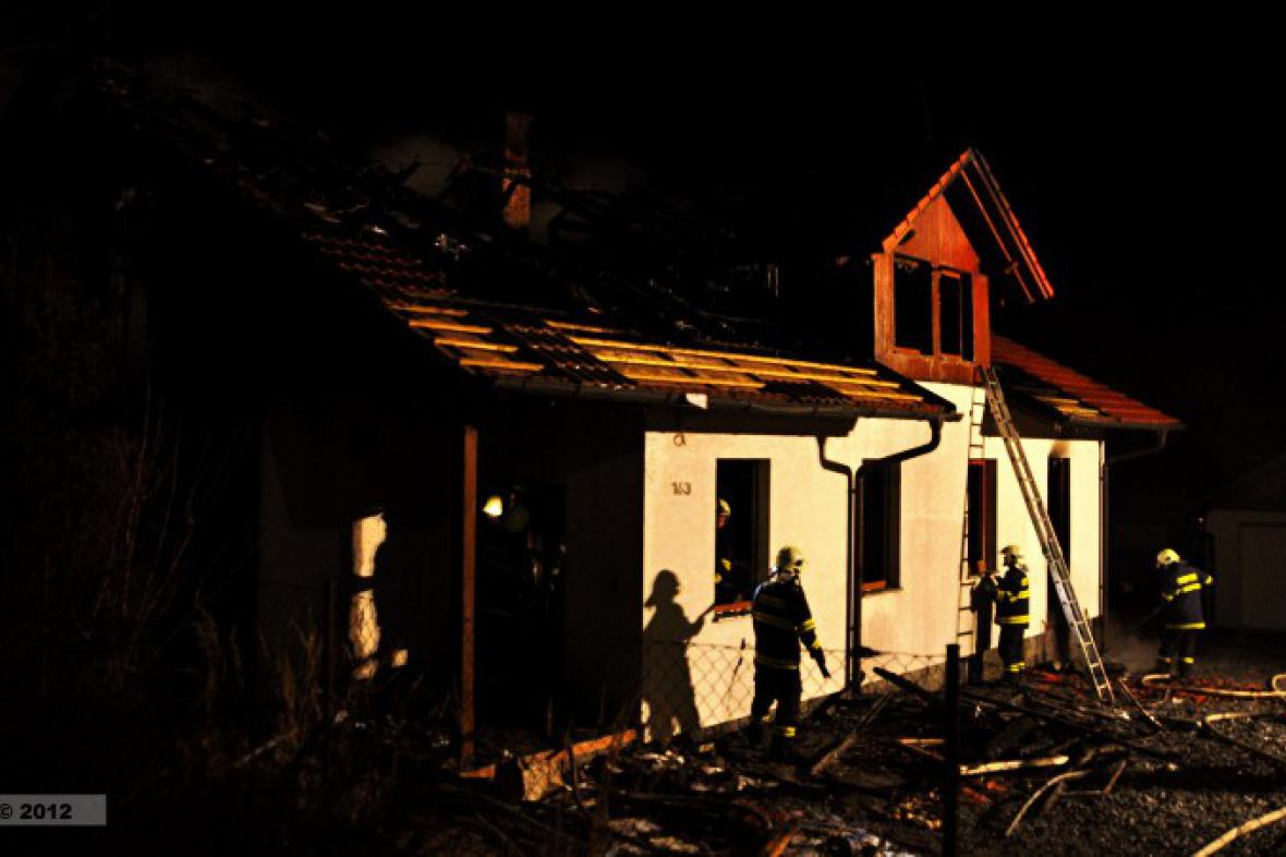 Vyhořelý domek
