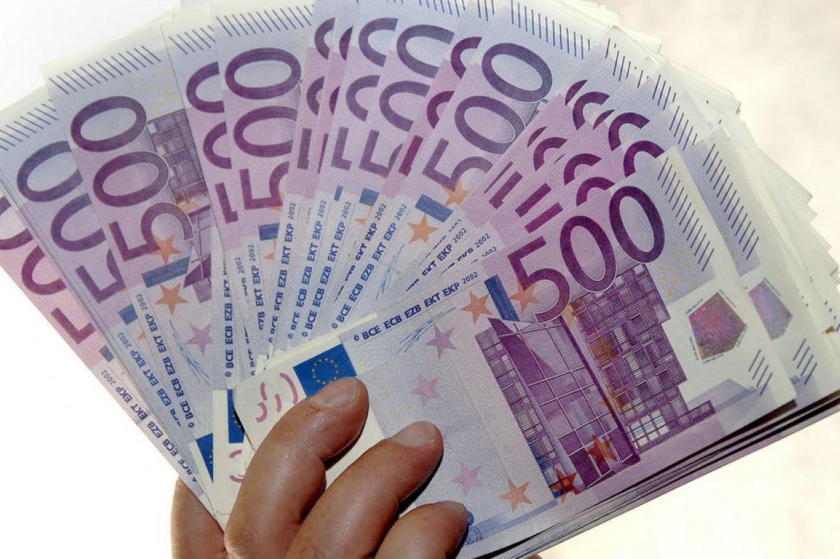 Pětiseteurové bankovky