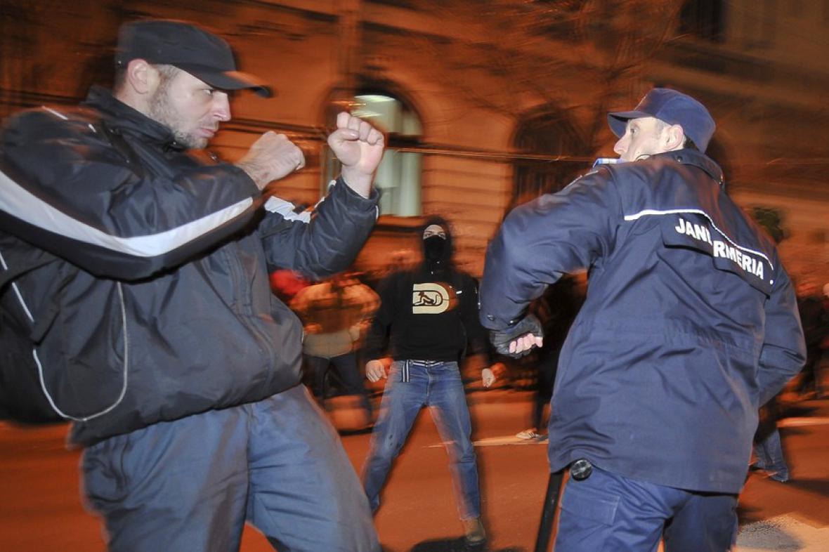 Nepokoje v Rumunsku