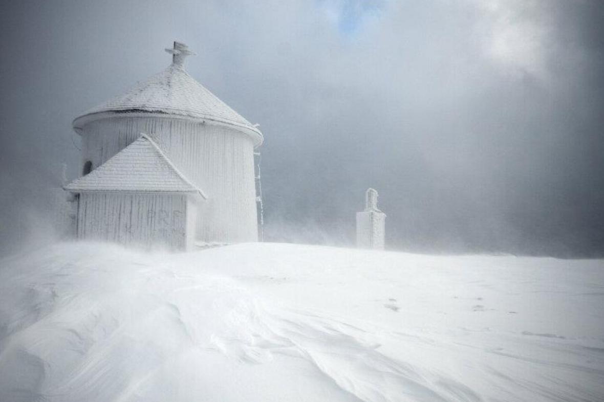 Zasněžená Sněžka