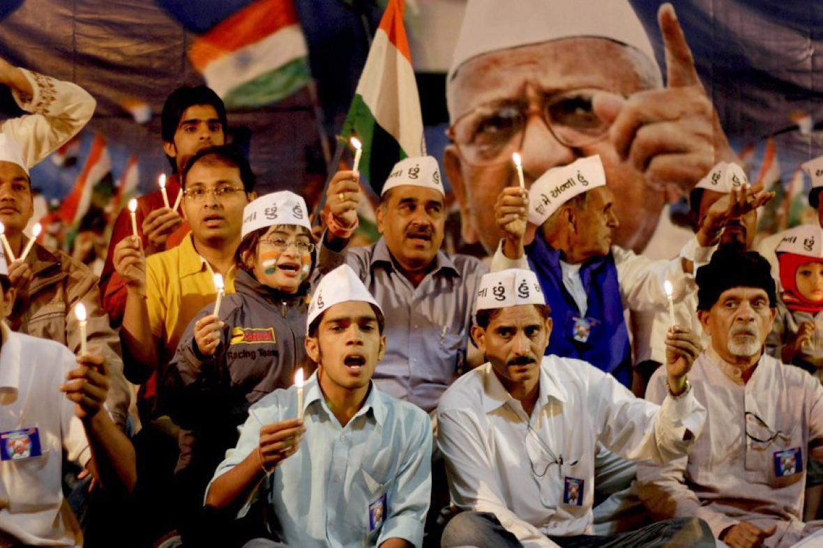 Indové požadují kroky proti korupci