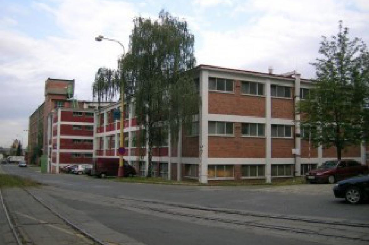 Budovy areálu Svit