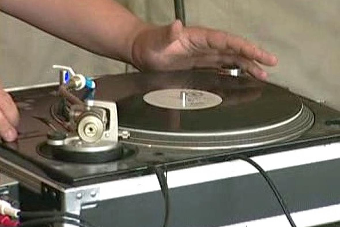 DJ na technoparty